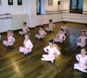scuola danza citta di gubbio locali 2010